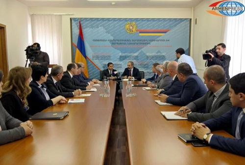 Nikol Pashinyan presented Suren Papikyan