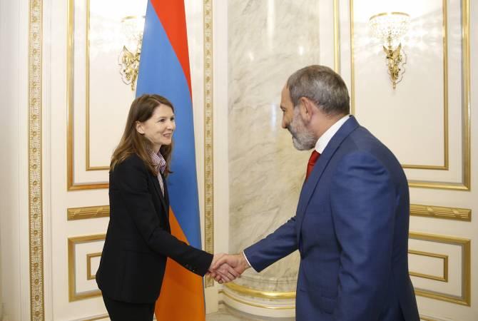 PM Pashinya & Yulia Ustyugova